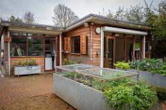 hut-outside